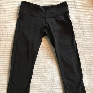 Black wunder under leggings, size 6, lululemon